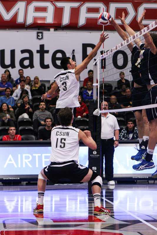 Mens Volleyball vs. UCSB 2.4.15 vs. Hartwick 2.1.15 IMG_4305*.jpg