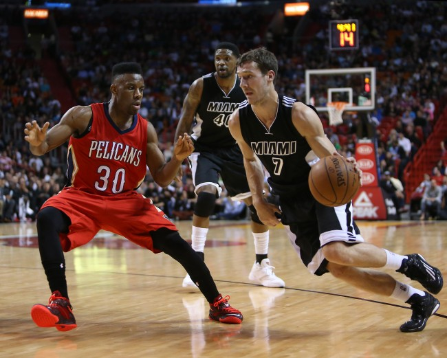 SPORTS BKN-PELICANS-HEAT 3 MI