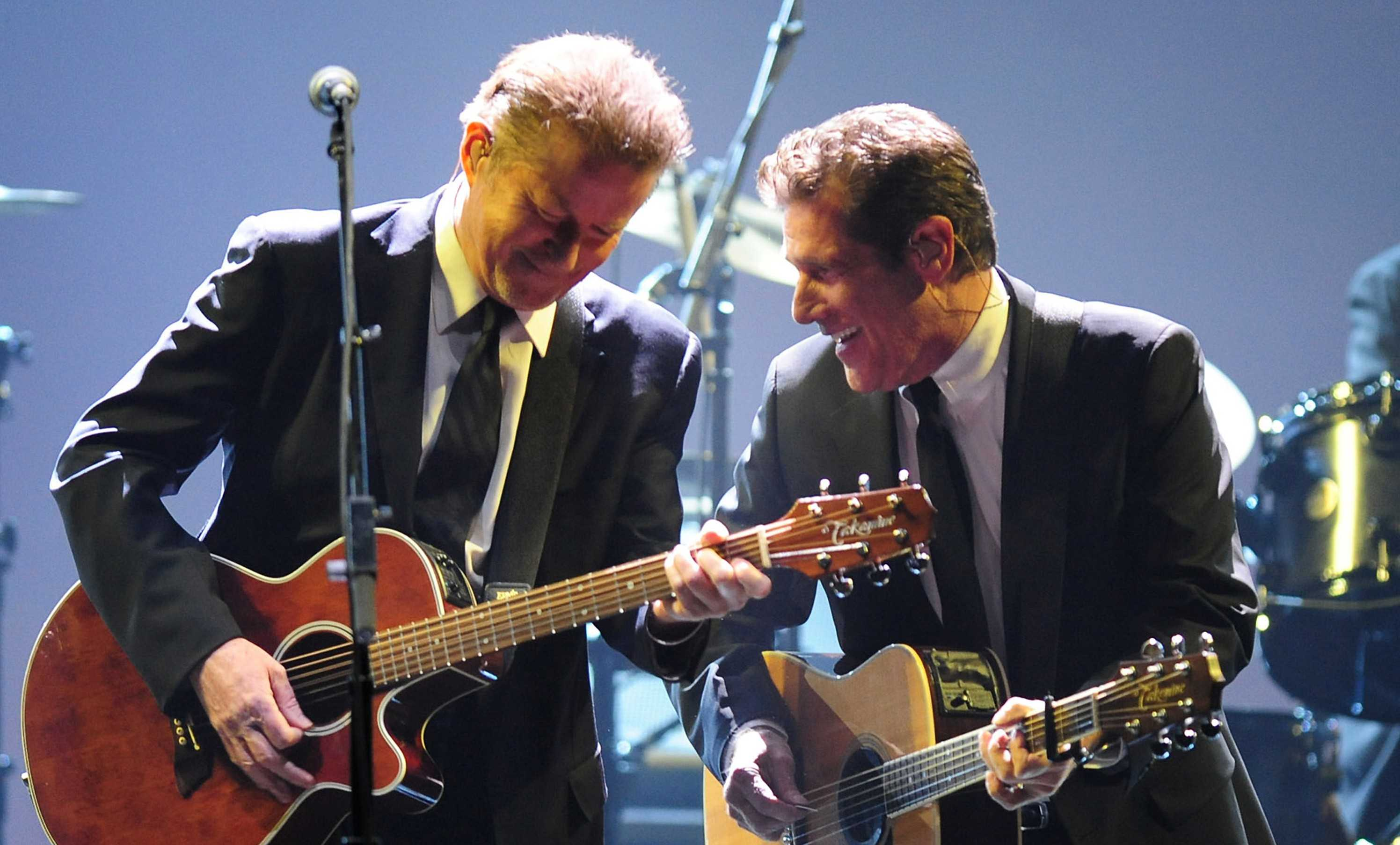 Don+Henley%2C+left%2C+and+Glenn+Frey+of+the+Eagles+perform+at+the+Time+Warner+Cable+Arena+in+Charlotte%2C+North+Carolina%2C+Wednesday%2C+January+14%2C+2009.+%28Jeff+Siner%2FCharlotte+Observer%2FMCT%29
