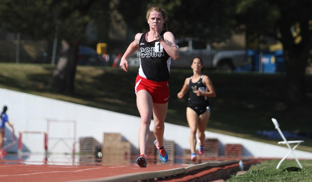 Junior Elizabeth Nelson is well on her way to victory in the Women's 3000 meter race on Saturday, March 21 at The Matador Track Complex. Photo credit: Richard Kontas