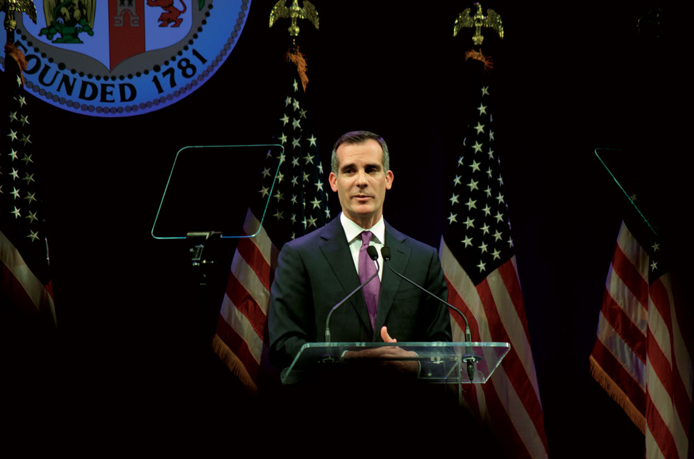 Garcetti announces earthquake initiative in State of the City Address at VPAC
