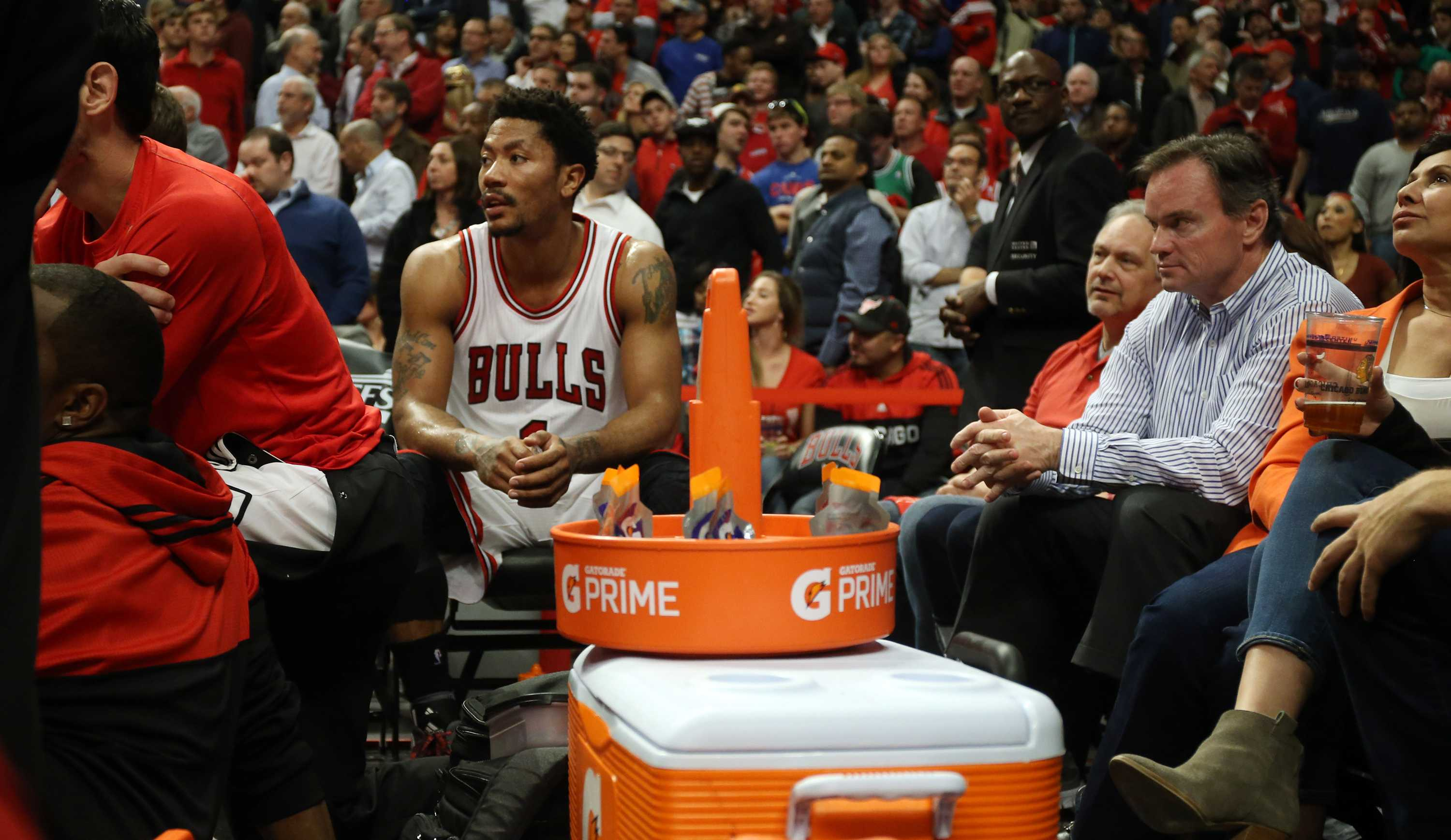 Chicago Bulls guard Derrick Rose (1) watches a defensive possession in the final minute from the bench on Monday, April 27, 2015, at the United Center in Chicago in Game 5 of a first-round playoff series. The Bucks defeated the Bulls, 94-88. (Brian Cassella/Chicago Tribune/TNS)