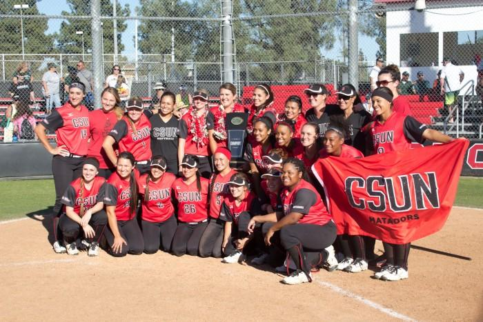 The+CSUN+Softball+team+celebrates+after+winning+a+share+of+the+Big+West+Tournament+after+splitting+the+series+against+the+University+of+Hawai%27i.+Allen+Natian%2FContributor