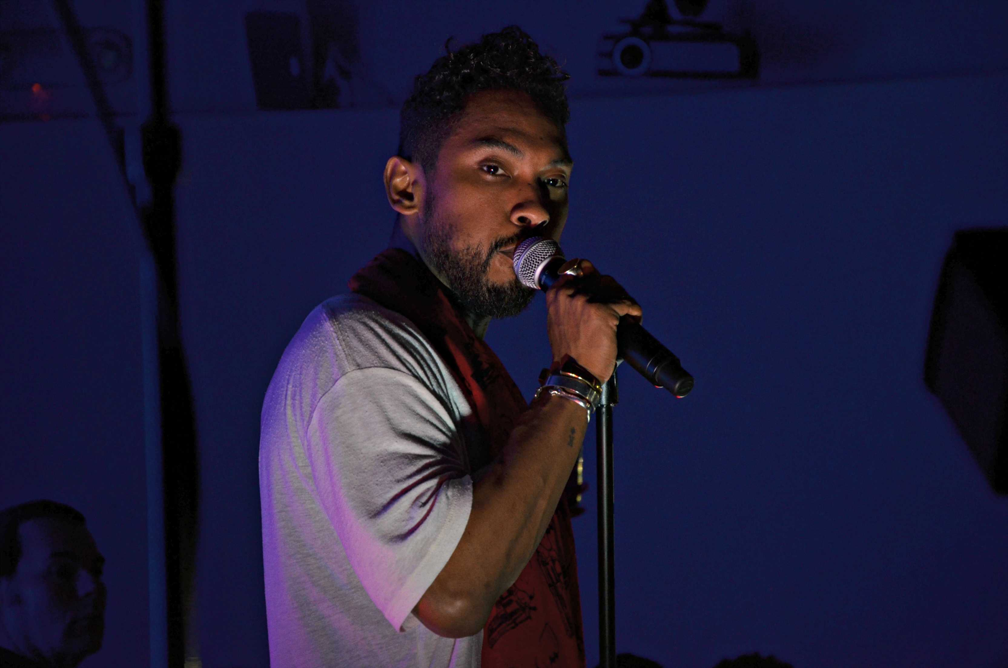 Miguel serenades Los Angeles crowd at Sonos Studio