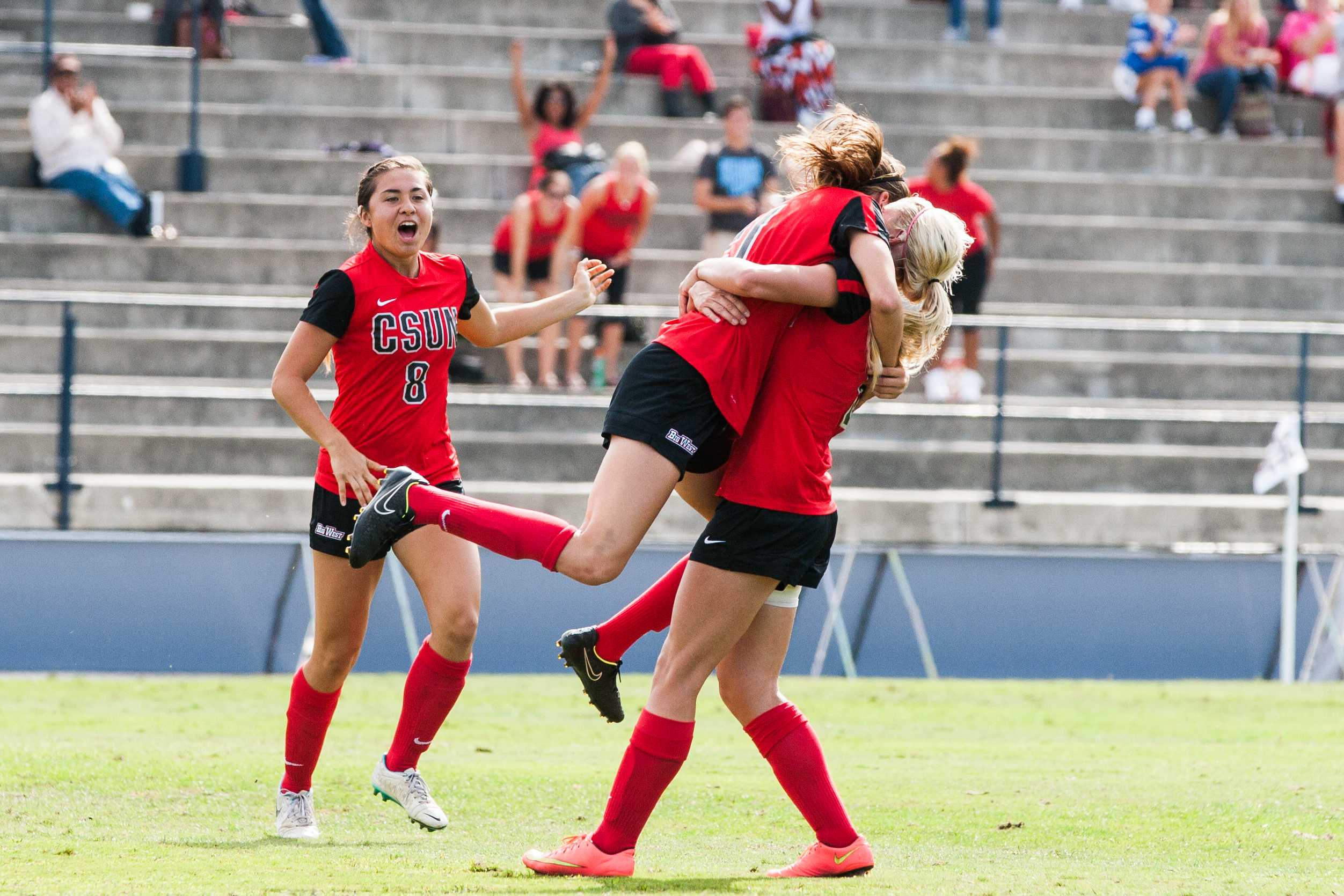The+Matadors+were+able+to+bounce+back+after+a+loss+in+their+previous+game%2C+due+in+large+part+to+sophomore+forward+Cynthia+Sanchez%27s+late+goals.+Photo+credit%3A+File+Photo%2FThe+Sundial