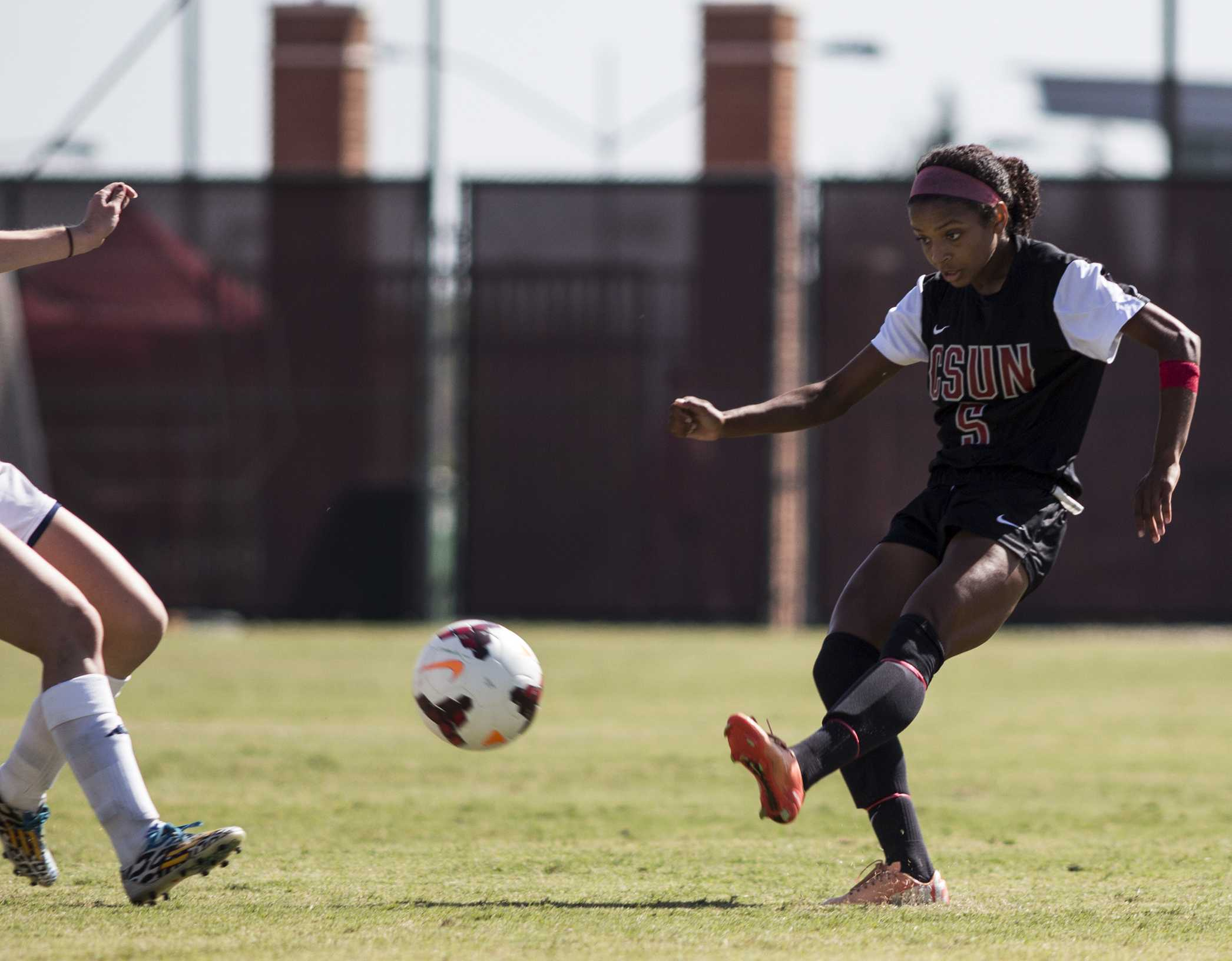 Women's soccer looks to regain form in conference play