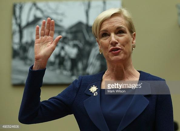 Cecile Richards speaks to a crowd in Washington DC.