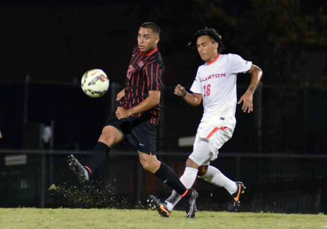 CSUN gains ground on first-place Fullerton after 2-1 win