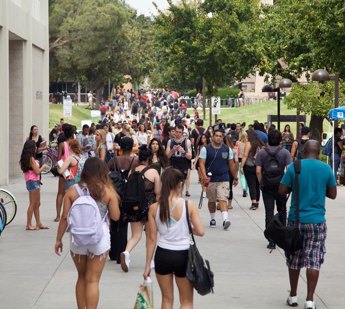 Students at CSUN walk through Sierra Quad to their classes. A new on-campus initiative is aiming to open conversations on sexual assault prevention with male students. (Juan Pardo / The Sundial) Photo credit: Juan Pardo