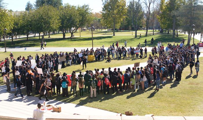 Hundreds+of+students+gather+around+the+Oviatt+Lawn+after+marching+across+the+CSUN+campus+showing+their+support+for+the+events+that+happened+at+the+University+of+Missouri+on+Wednesday%2C+Nov.+18%2C+2015.+%28Raul+Martinez+%2F+The+Sundial%29