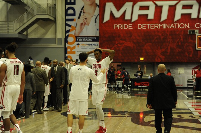 Turnovers plague Matadors, fall to Pepperdine, 70-55