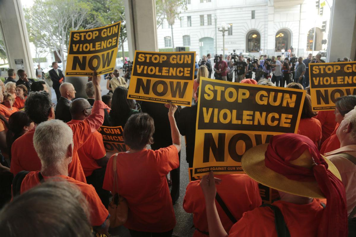 Activists+for+more+gun+control+gather+in+front+of+Los+Angeles+City+Hall+for+a+rally+prior+to+a+vote+by+the+Los+Angeles+City+Council+vote+that+would+ban+the+possession+of+large+capacity+firearm+magazines%2C+on+Tuesday%2C+July+28%2C+2015.+%28Mark+Boster%2FLos+Angeles+Times%2FTNS%29