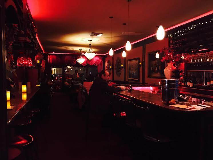 Main dining room and bar at Vino Wine an Tapas
