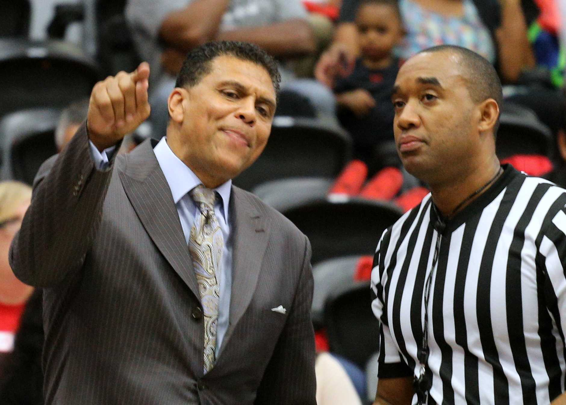 CSUN men's basketball head coach Reggie Theus argues with a referee in Thursday's game against UC Santa Barbara, February 25, 2016.