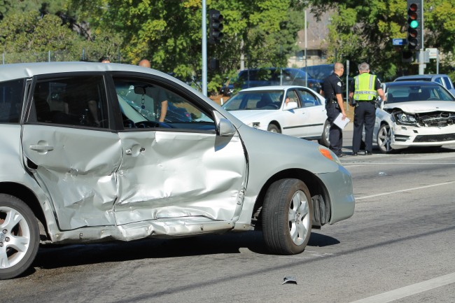 Officers in pursuit of a car driving recklessly ended in a five car collision in the middle of Lassen and Zelzah. No one was severely injured, but the suspect was taken to Northridge Hospital for further investigation. (Ashley Grant / The Sundial)