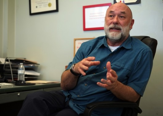 Ronald M. Borczon, professor and director of the Music Therapy Wellness Clinic, talks to reporter, Kelsey Earl, about what entails Music Therapy and the benefits to students both mentally and physically. (Ellen Choi / The Sundial)