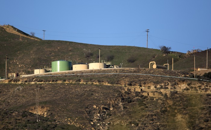 The SoCalGas Aliso Canyon Storage facility in Porter Ranch, Calif., on February 10, 2016. The Southern California Gas Co. announced Thursday, Feb. 11, 2016, it has temporarily controlled the flow of gas from a well in a crucial first step in the effort to stop the leak that has forced thousands to flee their homes. (Brian van der Brug/Los Angeles Times/TNS)
