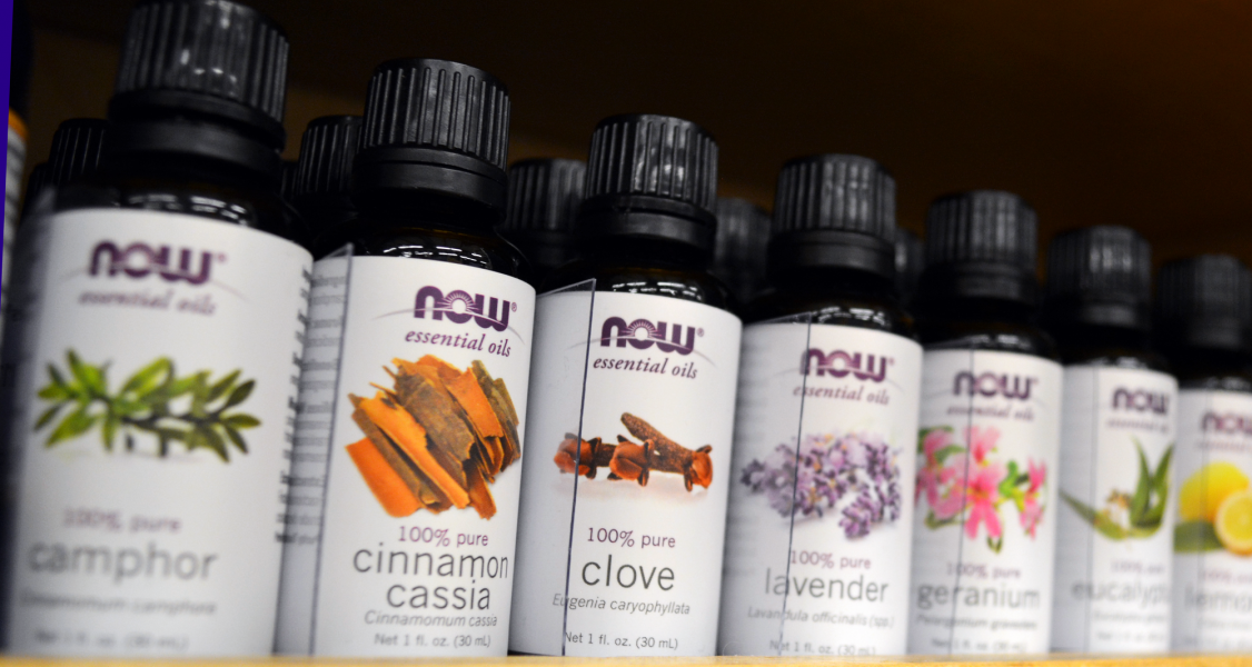 Selection+of+essential+oils+found+at+Whole+Foods+Woodland+Hills+location.+%28Patricia+Perdomo%2FThe+Sundial%29