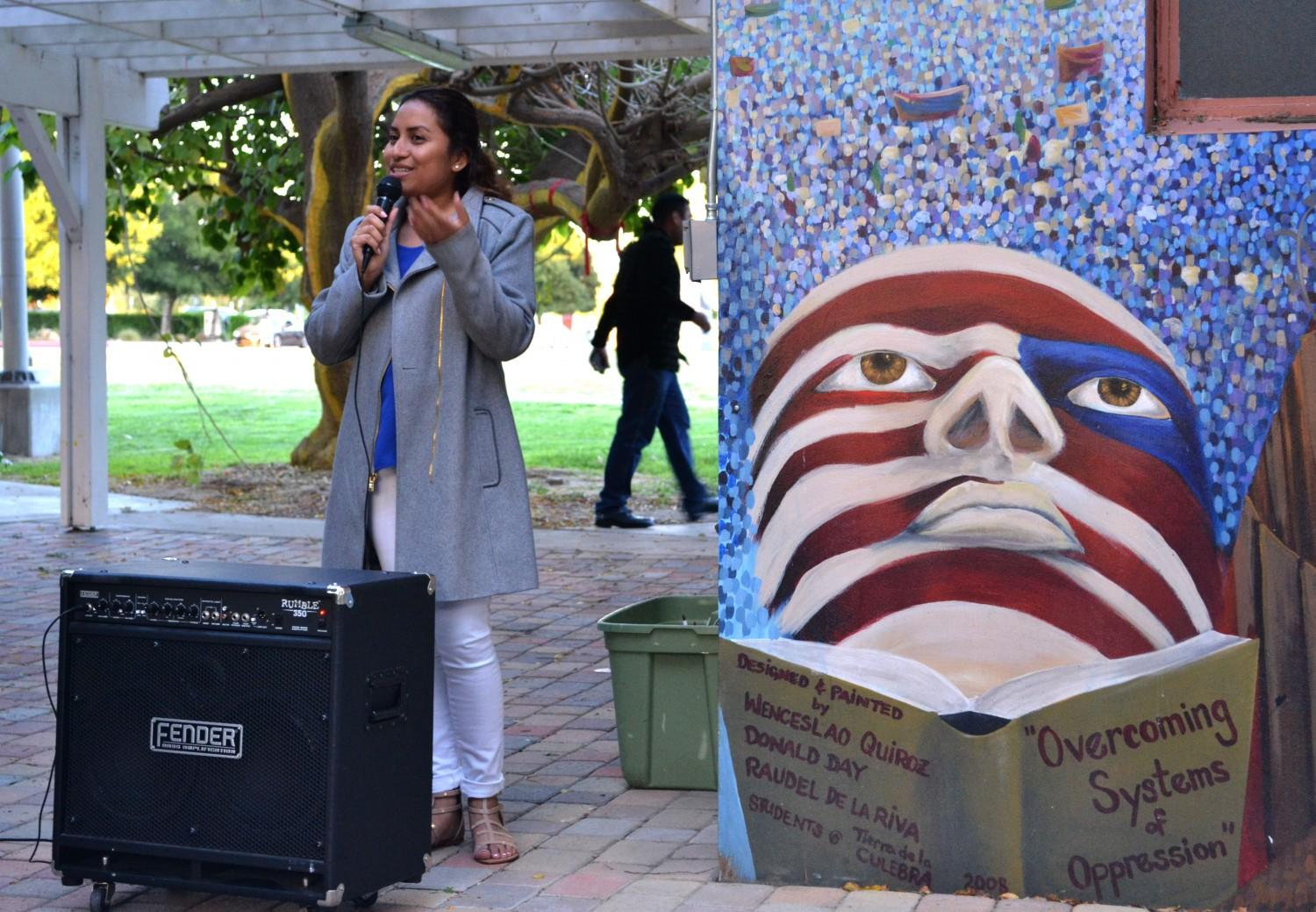 Honduran activist, Latino community share experiences at open night mic