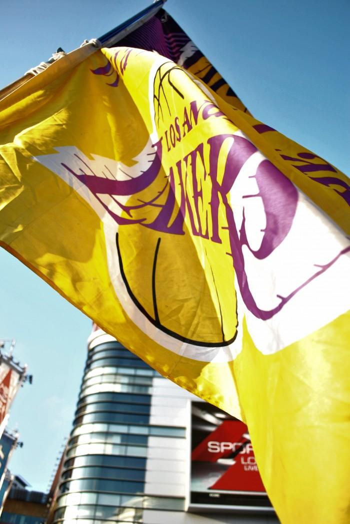 Lakers flag