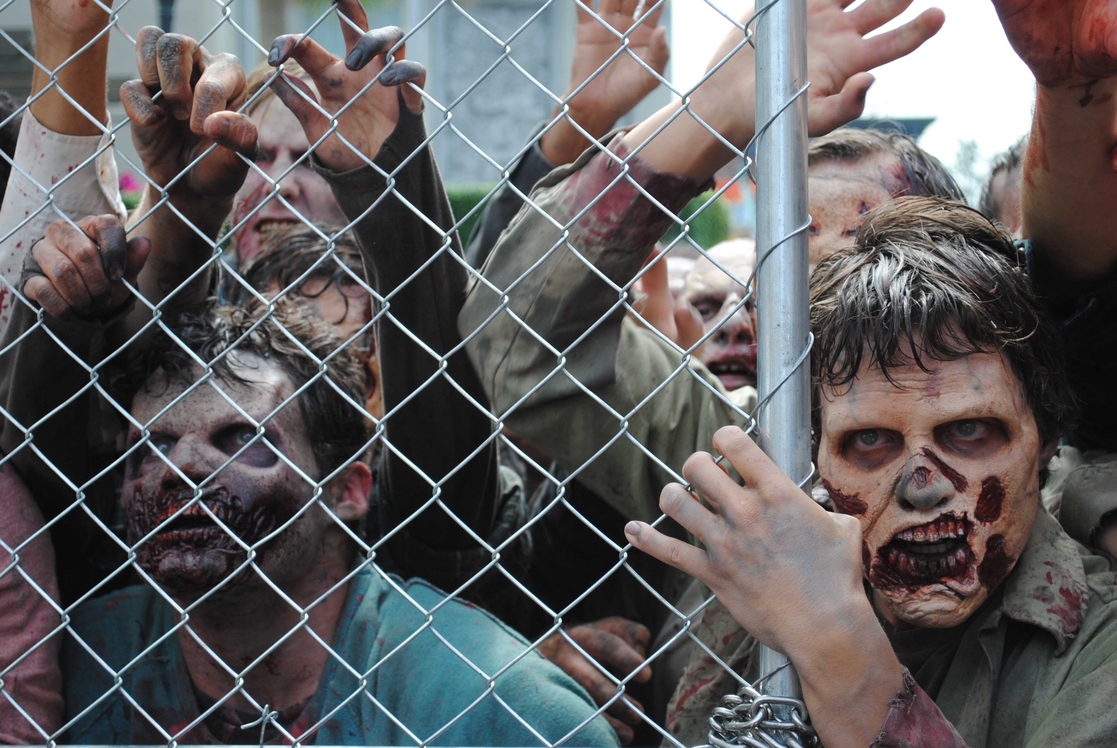 'Walking Dead' attraction brings TV horror to life