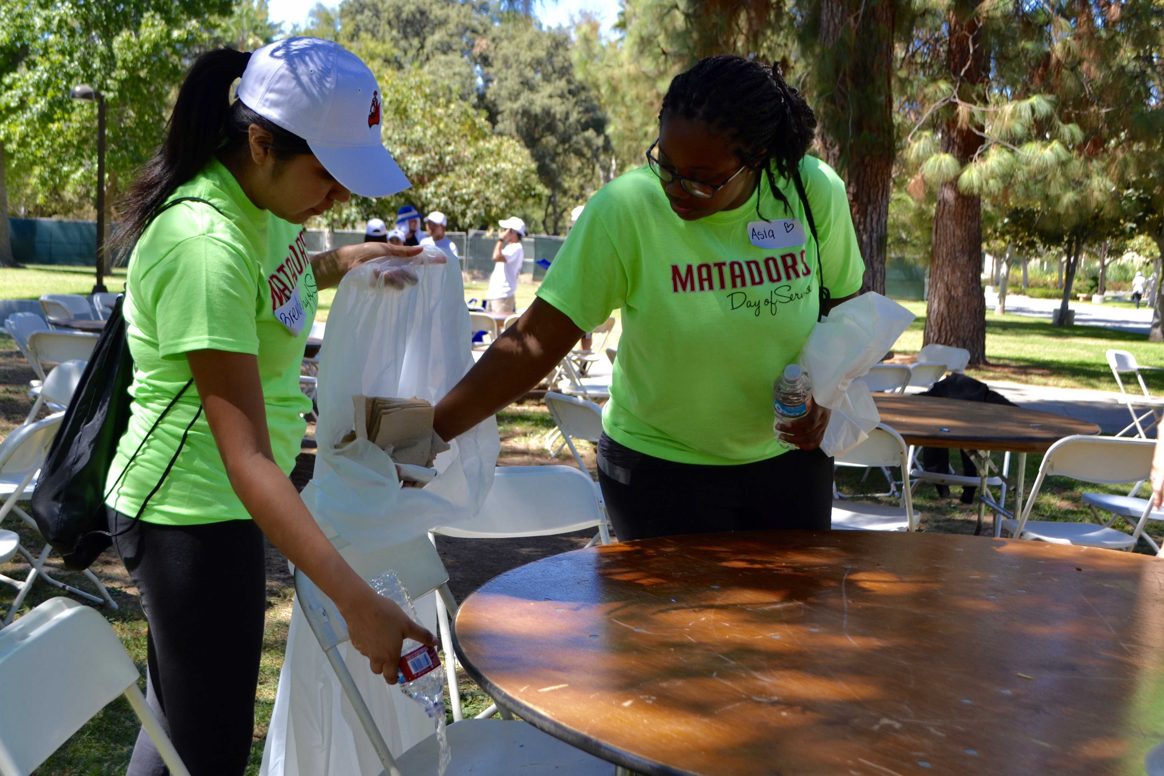 CSUN Matadors Beautify Their Neighborhood