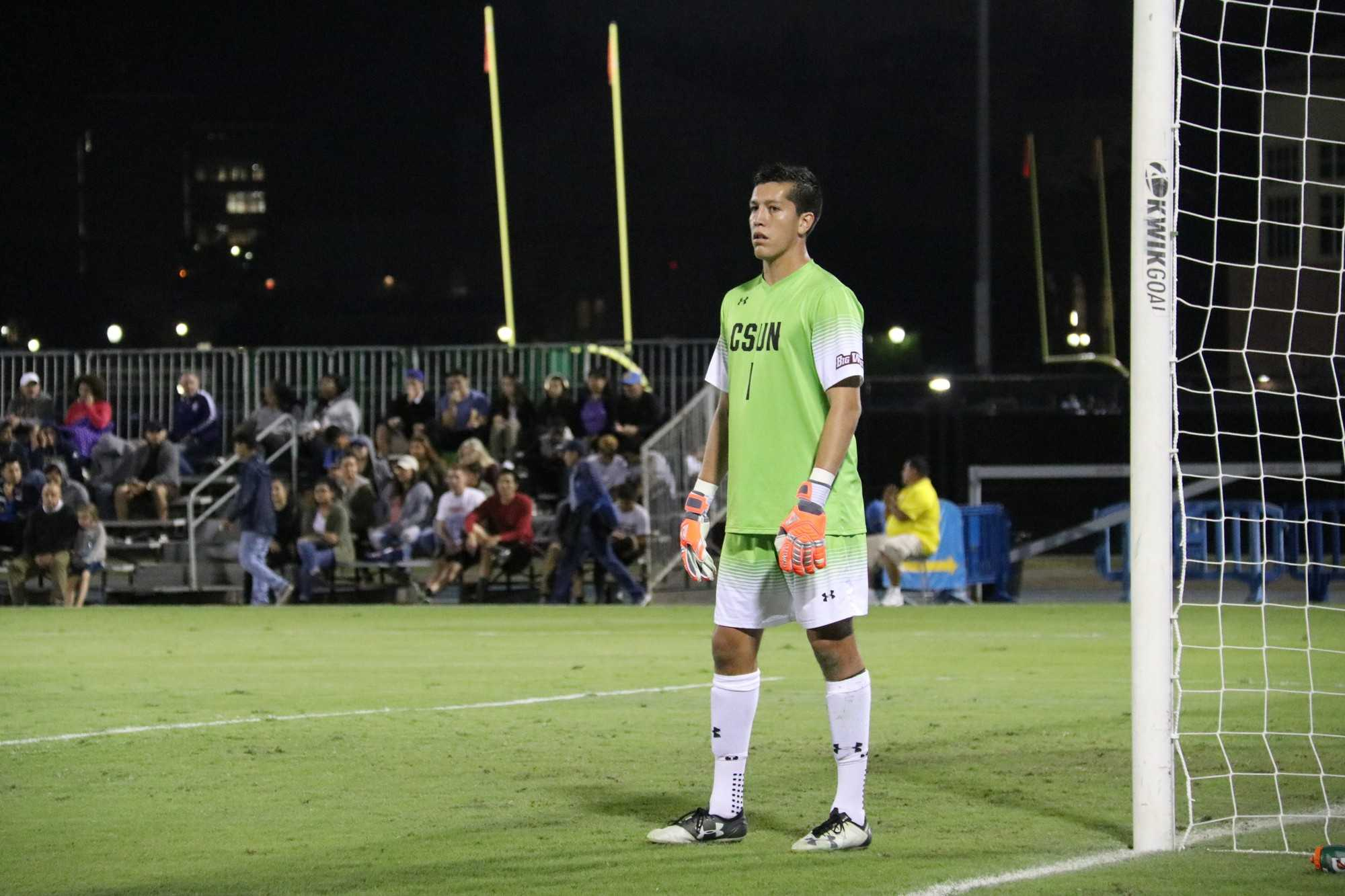 CSUN goalie watches ball