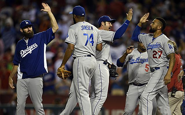 dodgers+high-five+each+other