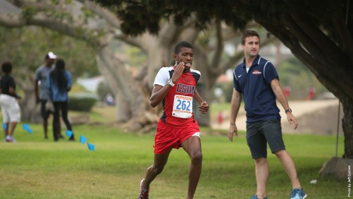 Junior+Charlie+Nettle+running+in+the+Pepperdine+Innovational.+Photo+Credit%3A+Go+Matadors
