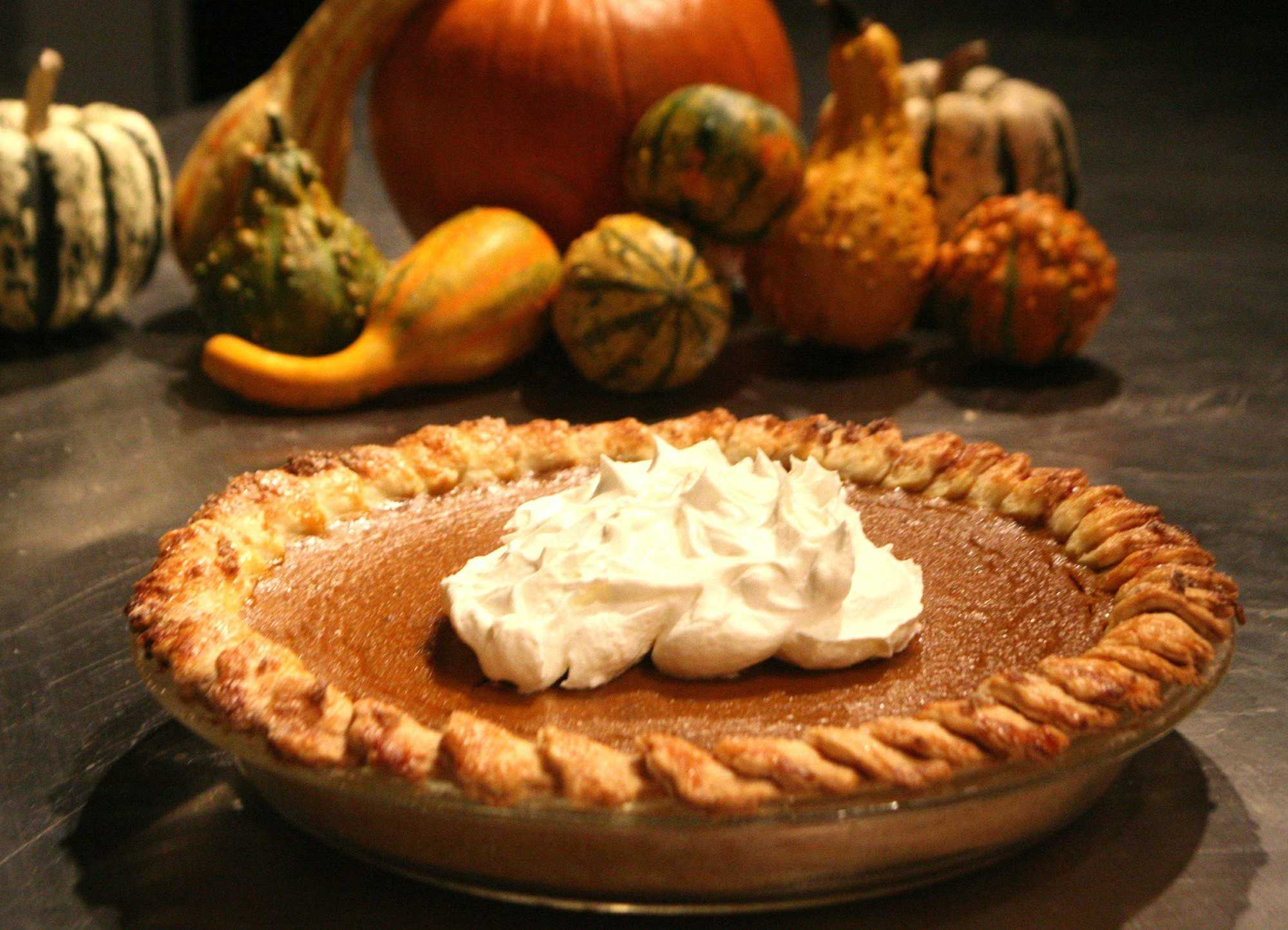 Spice+Pumpkin+Pie%2C+topped+with+a+brandied+ginger+cream.++%28Mary+Schroeder%2FDetroit+Free+Press%2FMCT%29
