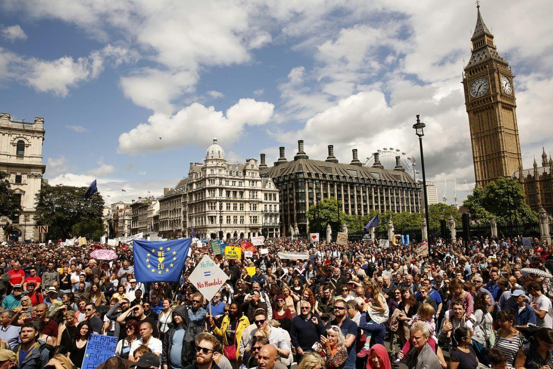 WOLRD NEWS BRITAIN-EU 3 LA