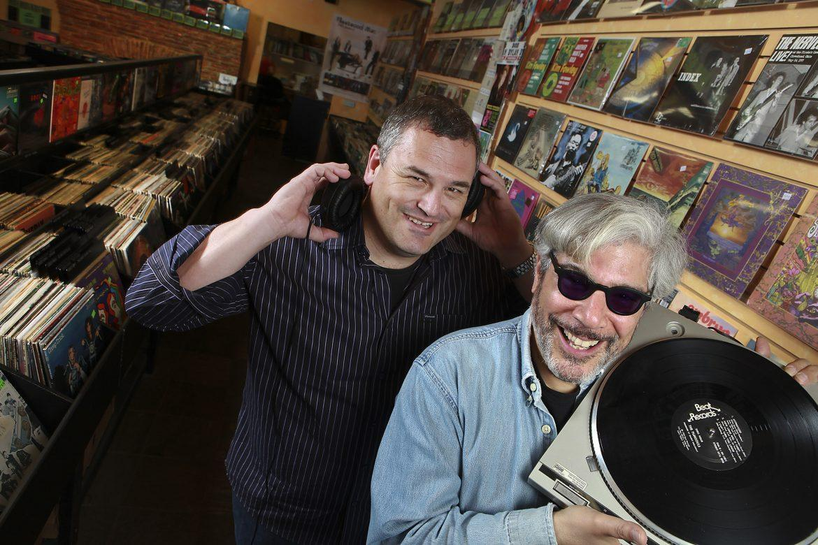 %22Record+Store+Days%3A+From+Vinyl+to+Digital+and+Back+Again%22+co-authors+Phil+Gallo+%28left%29+and+Gary+Calamar+visit+Freakbeat+Records+in+Los+Angeles%2C+California.+%28Brian+Vander+Brug%2FLos+Angeles+Times%2FMCT%29