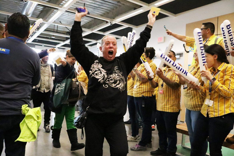 0208_news_IKEAopening_NS_6.jpg