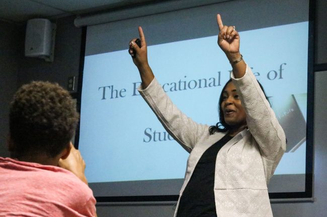 Aamina Hennings gives an inspirational lecture
