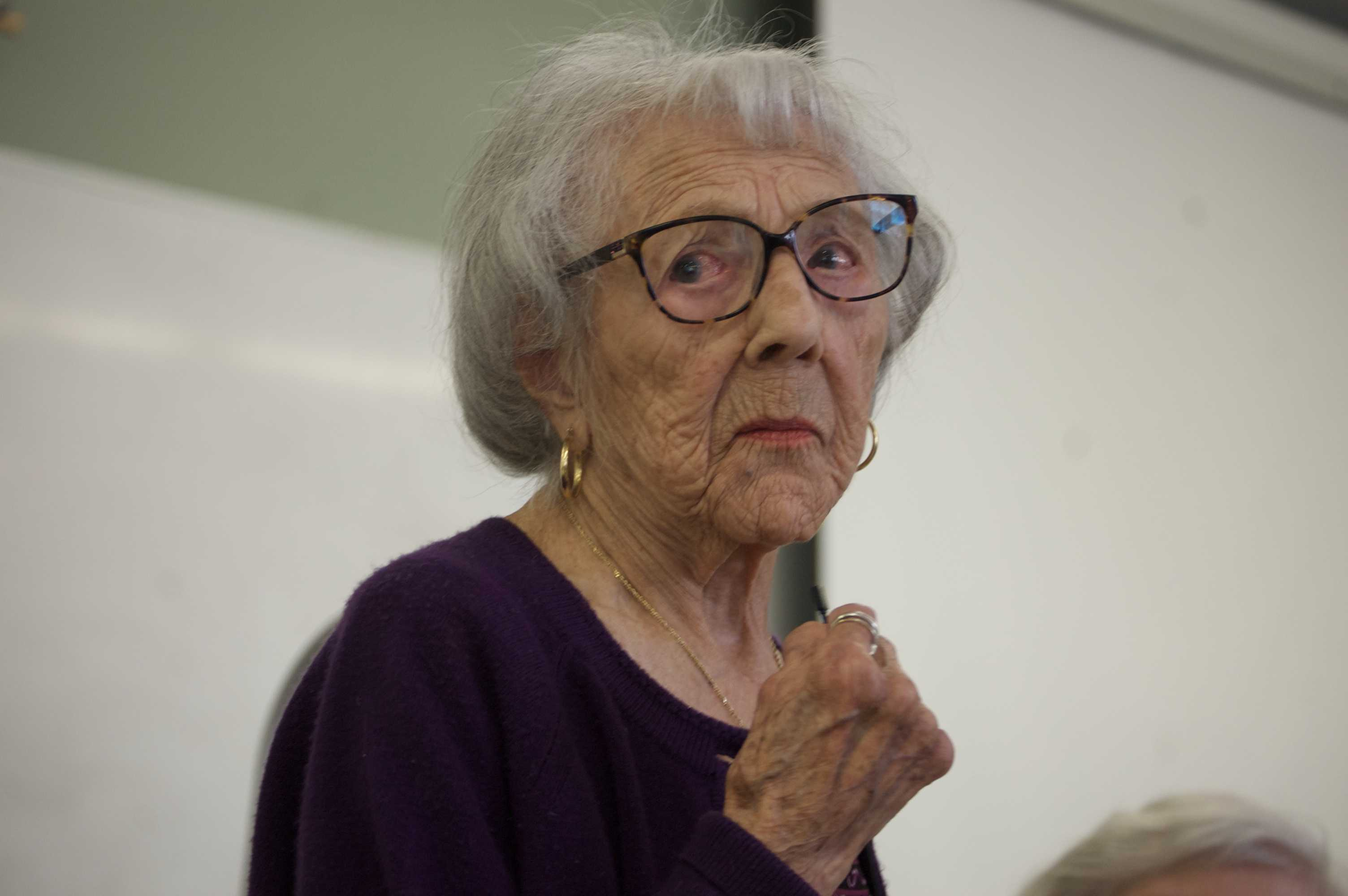 105-year-old woman, Connie Farrell Weinberg, talked to Helen Dosik's sociology class on April 25  about her hip surgery and her life over a century Photo credit: Joanna Rosales
