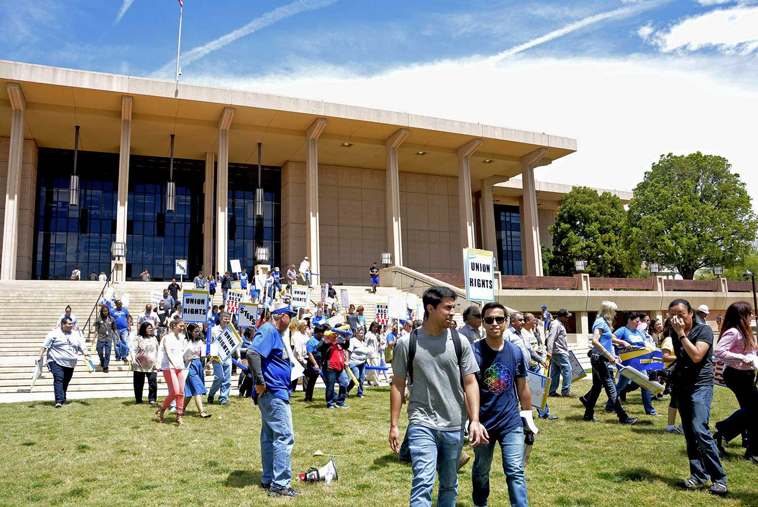 CSUEU members assemble on the Oviatt Lawn  on Wednesday, April 26th to raise awareness for the protection of workers' rights. Photo credit: Marja Ziemer