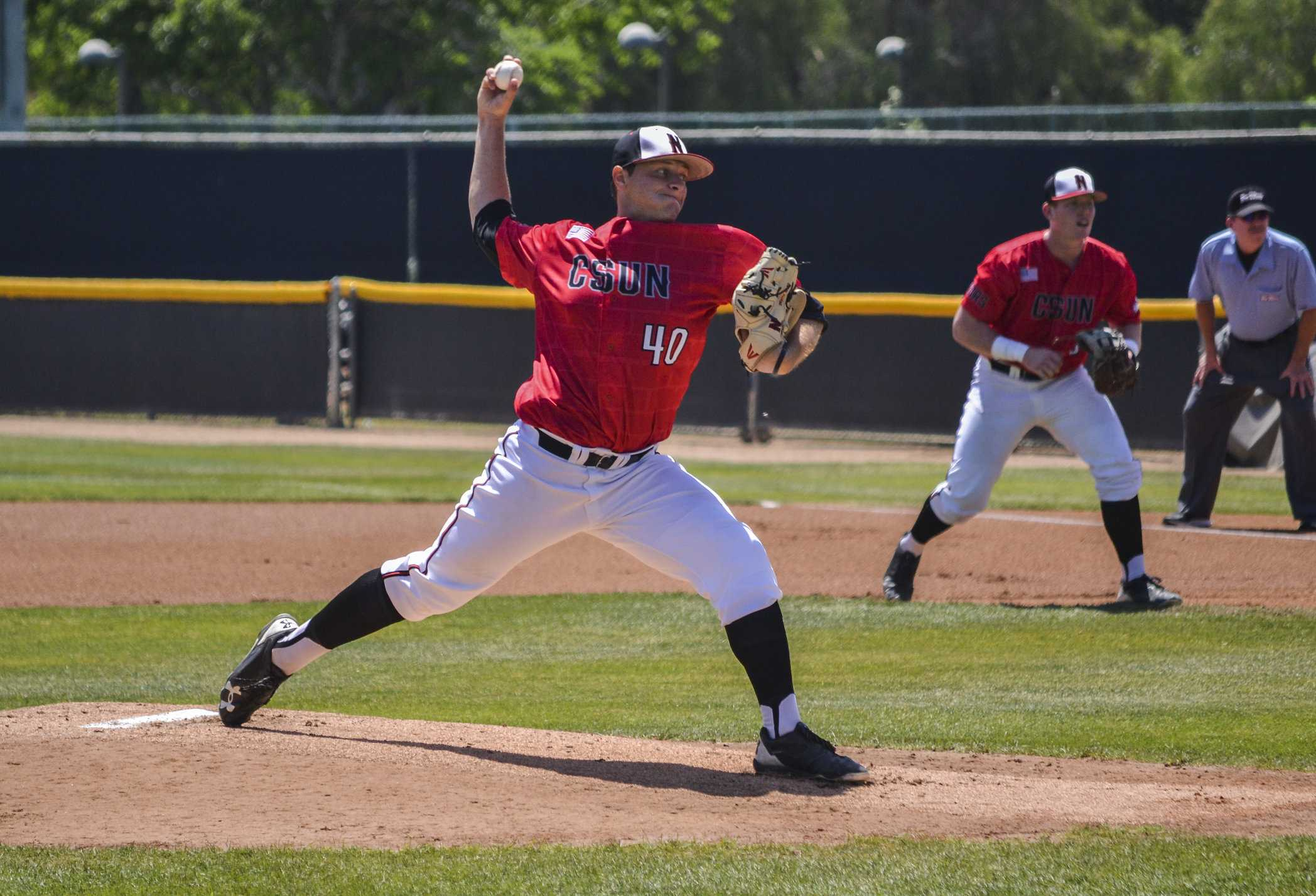 samuel myers pitches in the game against uc riverside