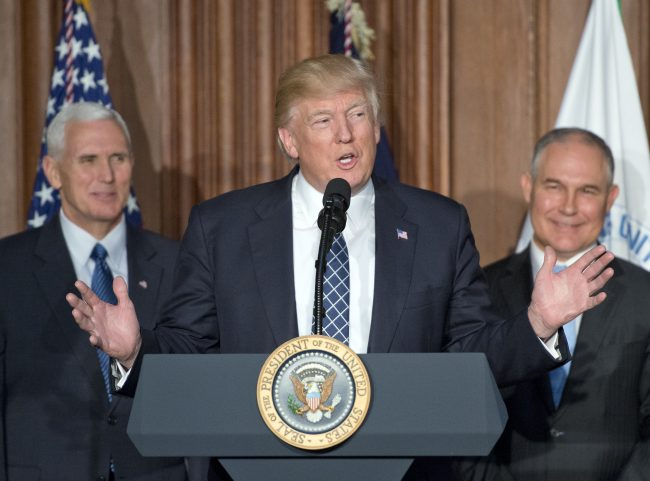Trump signs order dismantling environmental protections