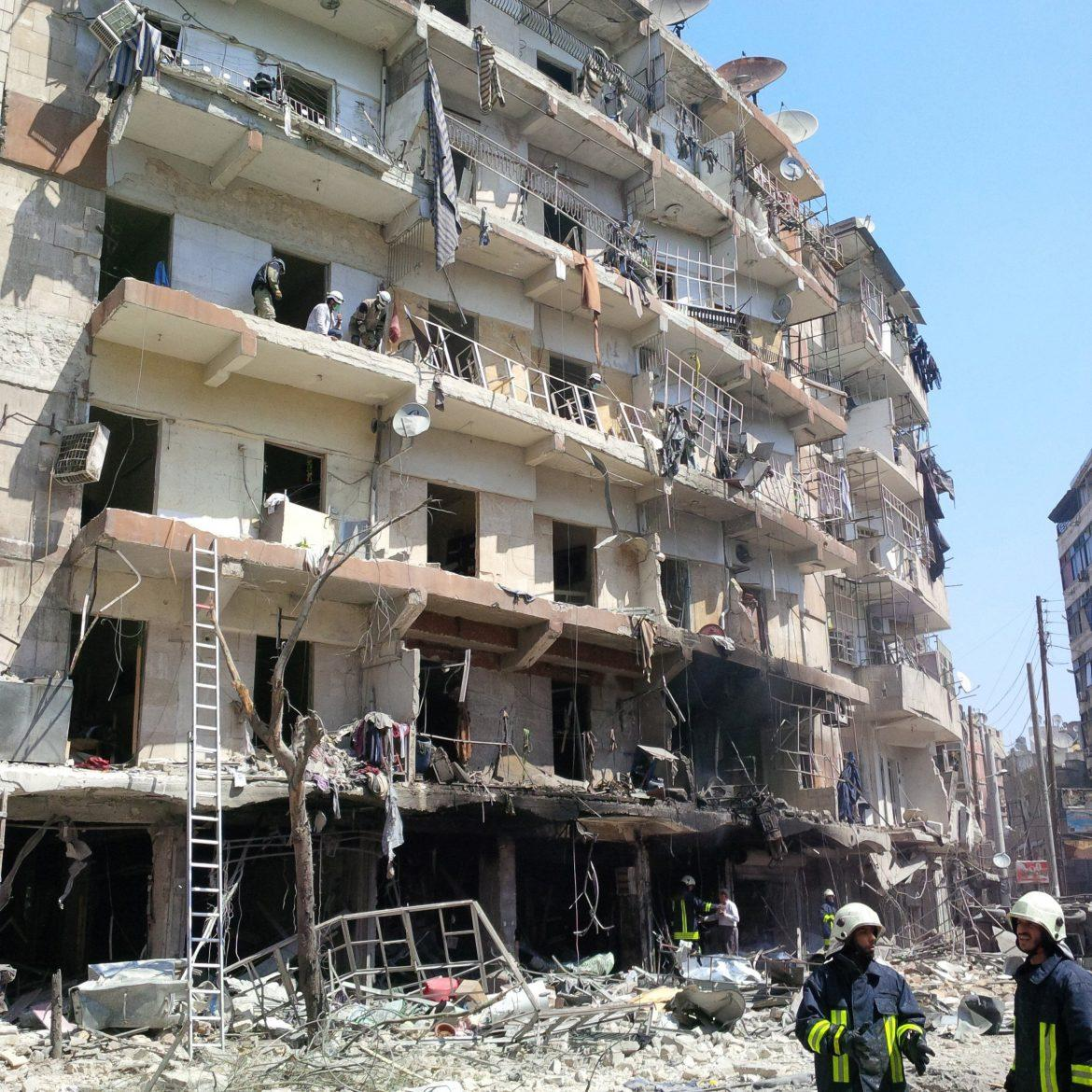 A+syria+building+pictured%2C+partailly+distroyed+by+the+bombing