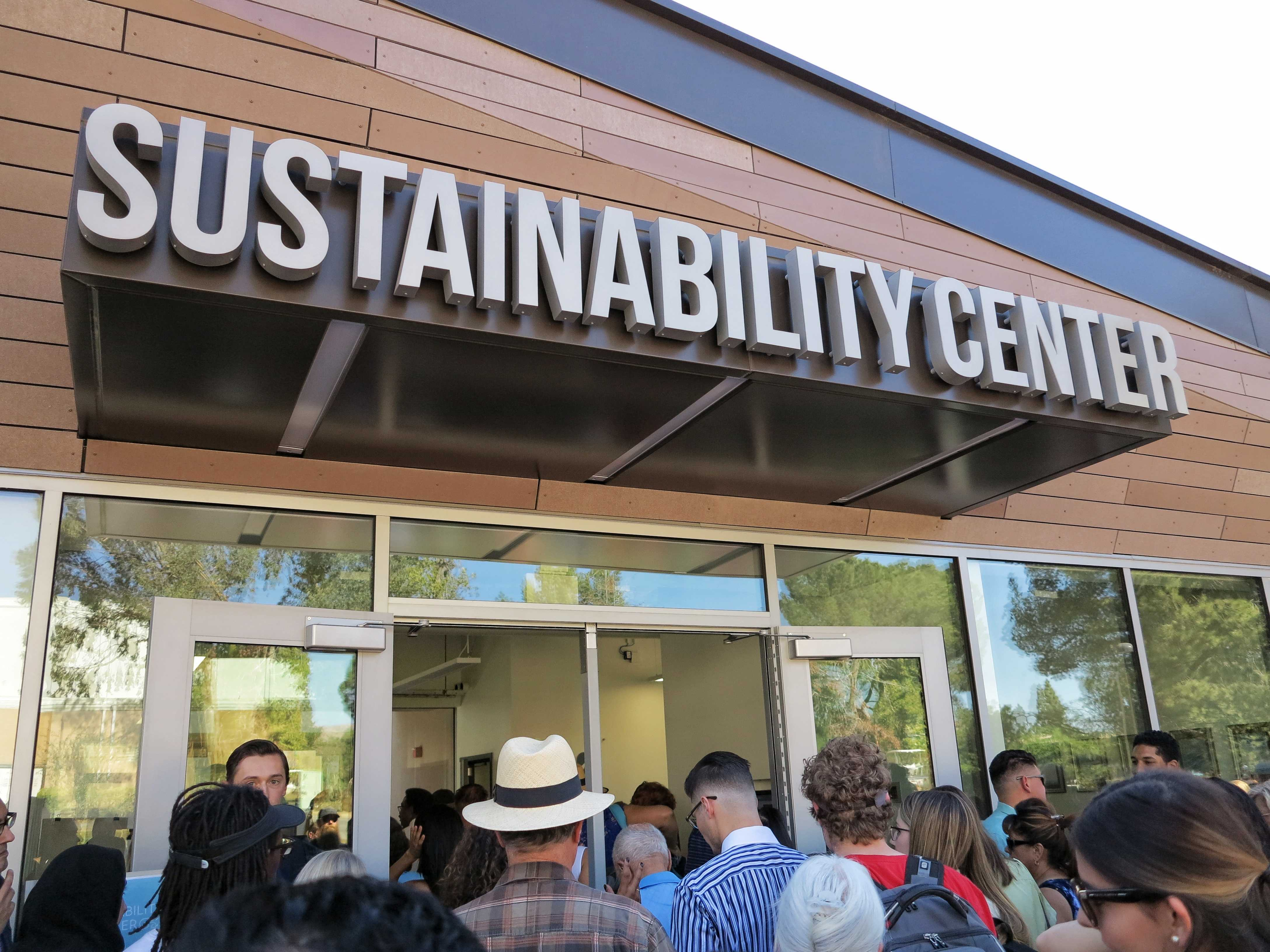 The crowd entering the brand new Sustainability Center at CSUN for the first time during their grand opening on October 26, 2017. Photo credit: Trevor Sena