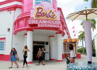 Barbie the Dream House Experience storefront