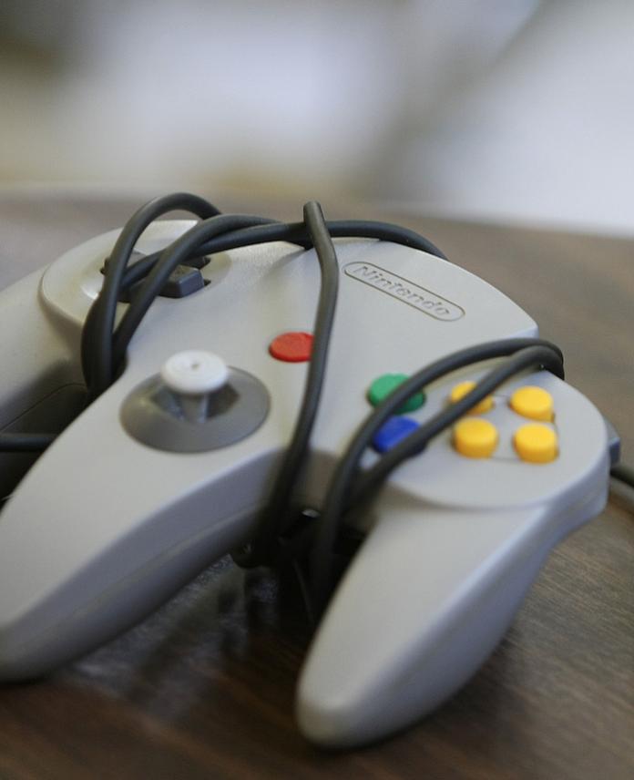 grey Nintendo controller