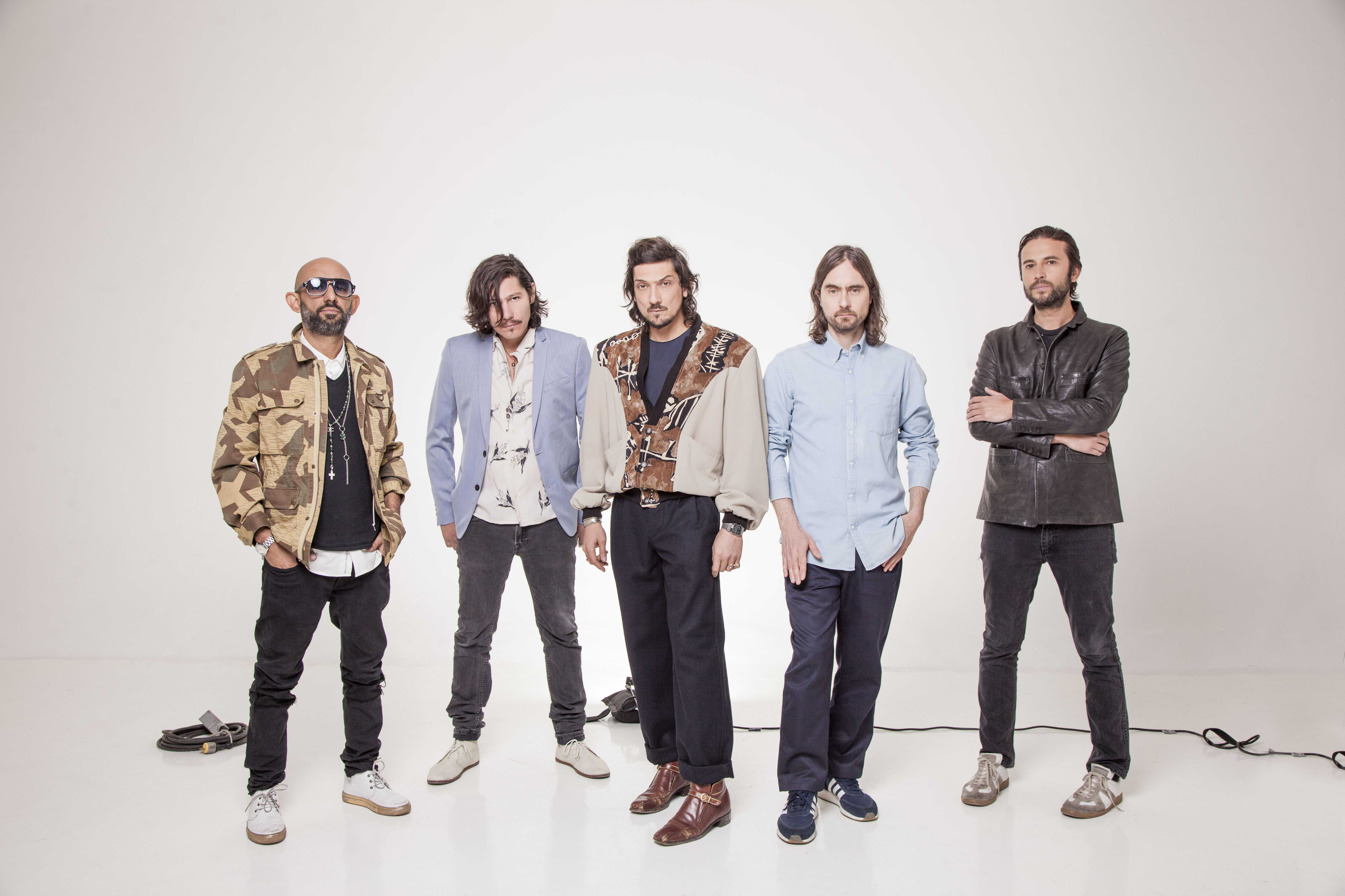 Band members of Mexican rock group, Zoé. From left to right: Jesus Baez, keyboards; Sergio Acosta, lead guitar; León Larregui, vocals; Rodrigo Guardiola, drums; and Angel Mosqueda, bass guitar. Photo credit: Courtesy of the band.