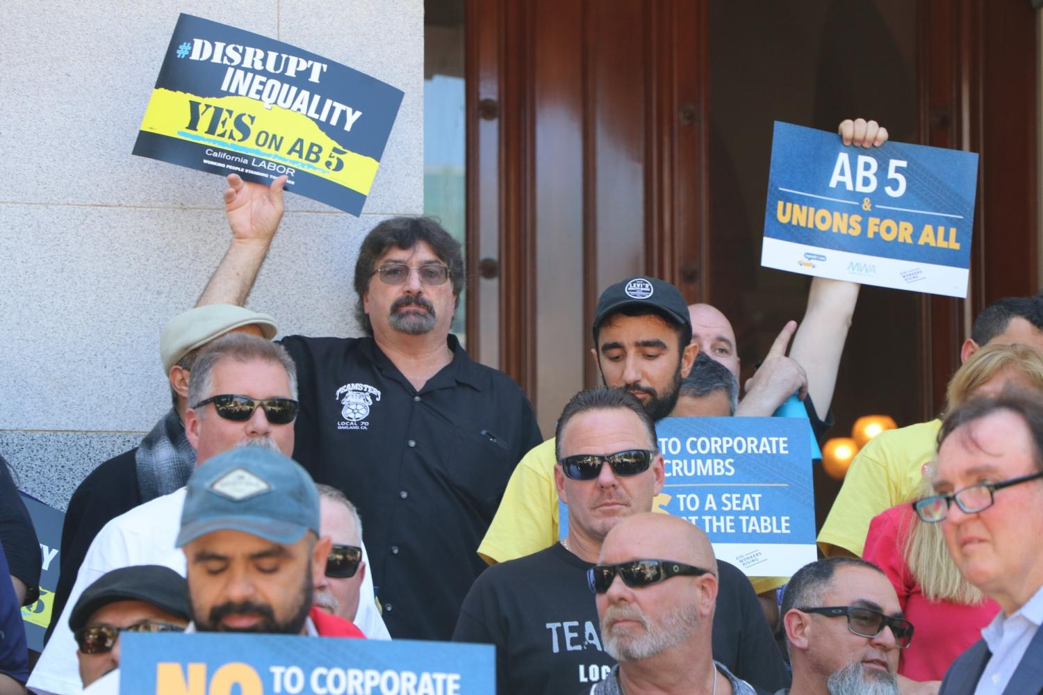 Independent contractors protesting in support of AB5, that if passed would give them employee status. Photo credit: Elaine Sanders