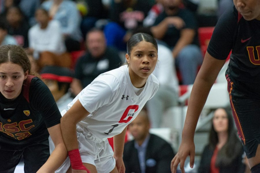 Jordyn Jackson, sophomore, led the Matadors in points on Tuesday night against USC. She is one of six returners to the team this season. Photo credit: Joshua Pacheco