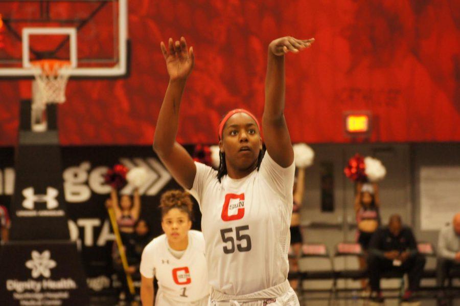 A+CSUN+Women%27s+Basketball+Player