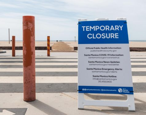 With temperatures rising in Los Angeles, the beaches remain closed due to the COVID-19 pandemic.