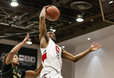 After entering the transfer portal, sophomore Elijah Harkless has elected to transfer to Oklahoma University over offers from several other schools.