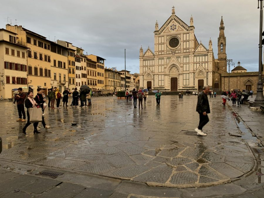 People at the Basilica of Santa Croce in Florence prior to the lockdown.