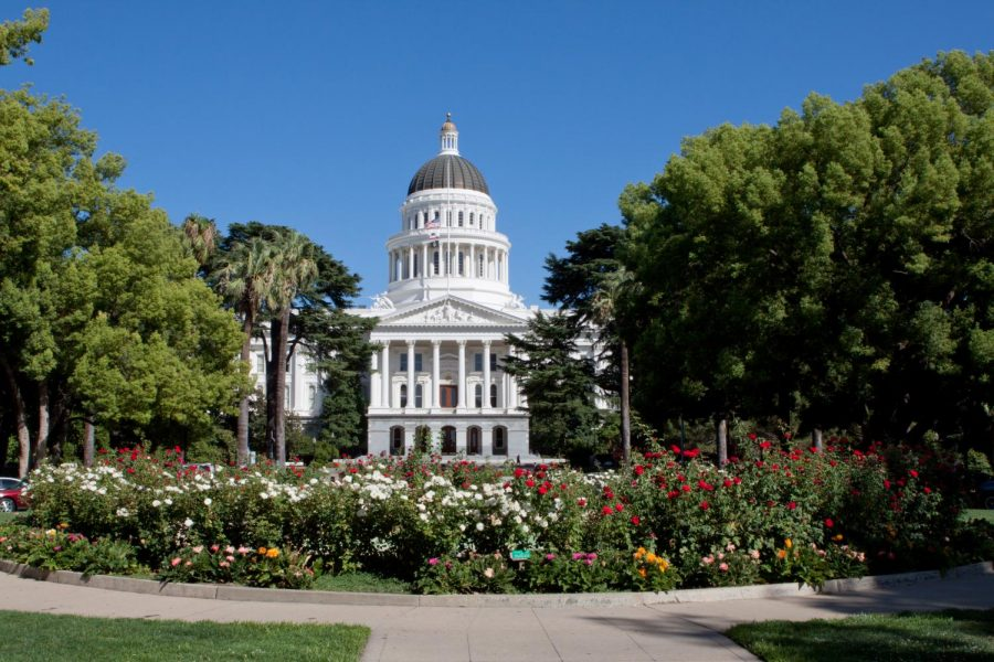 The+California+State+Senate+approves+AB+1460%2C+which+will+make+the+completion+of+a+3-unit+ethnic+studies+class+a+graduation+requirement+for+CSU+undergraduate+students.+